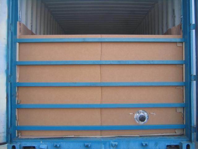 Cardboard bulk head